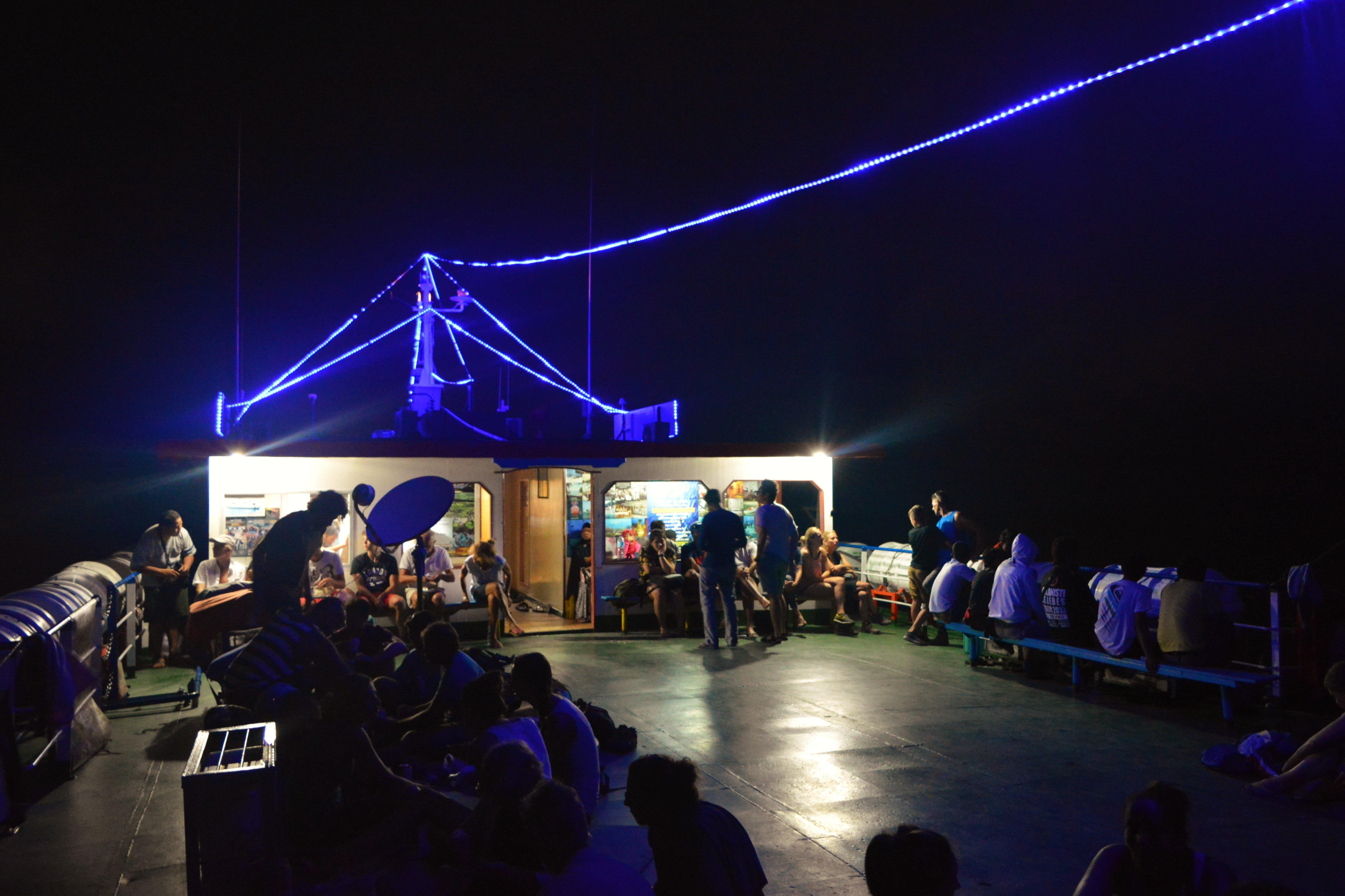 tuna-tomini-top-deck