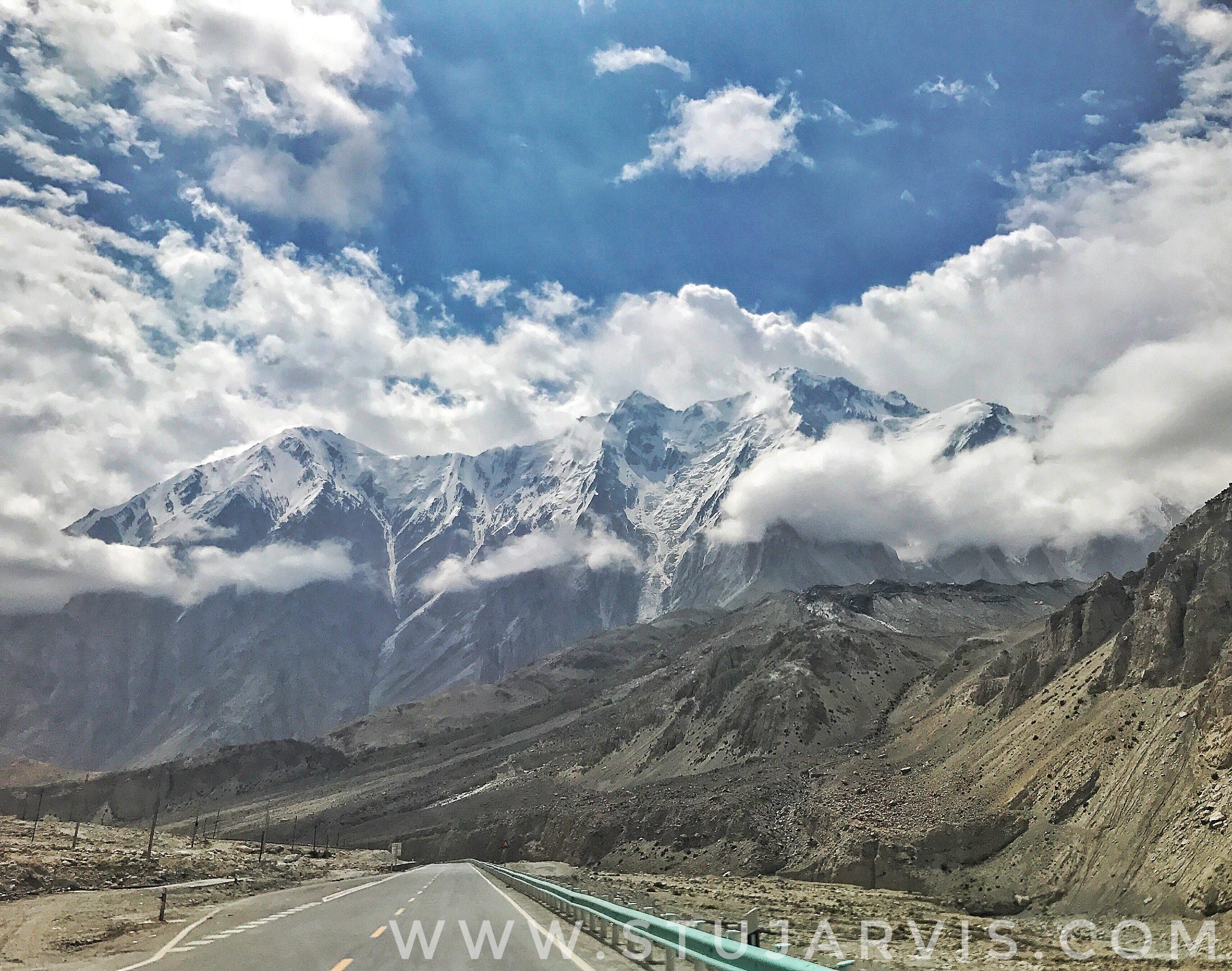 Karakoram Highway, on the Silk Road with www.stujarvis.com