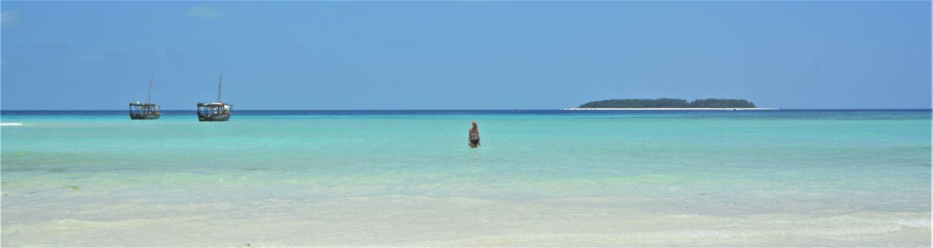Mnemba Island - Zanzibar - Distance - Stu Jarvis